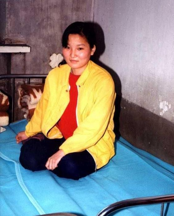 http://www.thechinamoneyreport.com/wp-content/uploads/2012/02/chinese-border-residents-exchange-rice-for-north-korean-wives-01-560x695.jpg