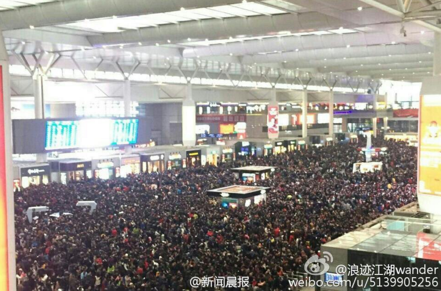 shanghai-hongqiao-thousands-stranded-6